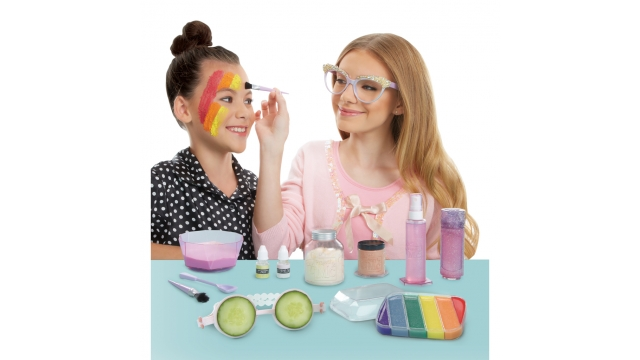 MGA Project Mc2 Slumber Party Science Kit